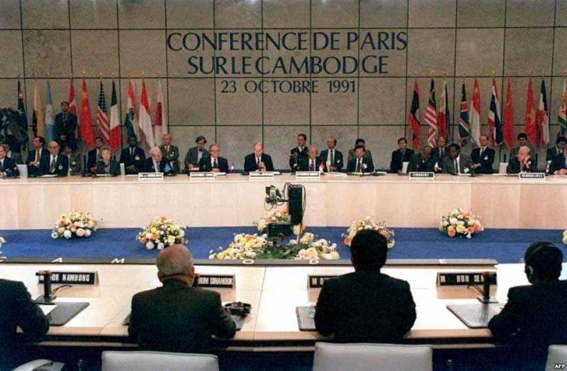 Paris Peace Accords on Cambodia