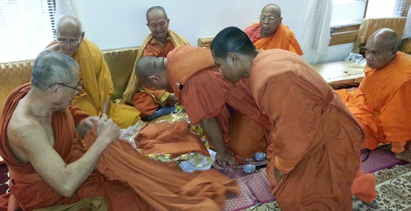 Wat Kiryvongsa Bopharam Kathin 2559 b