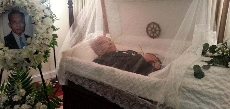 funeral Lornn Pinn 01012559b